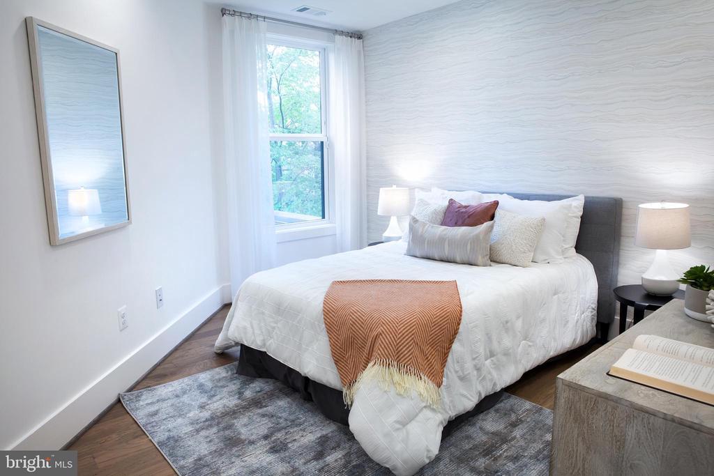 West Bedroom Southwest - 645 MARYLAND AVE NE #201, WASHINGTON