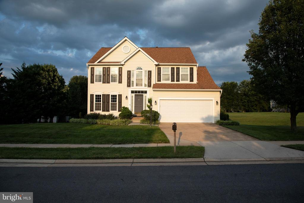 Welcome Home! - 18728 POTOMAC STATION DR, LEESBURG
