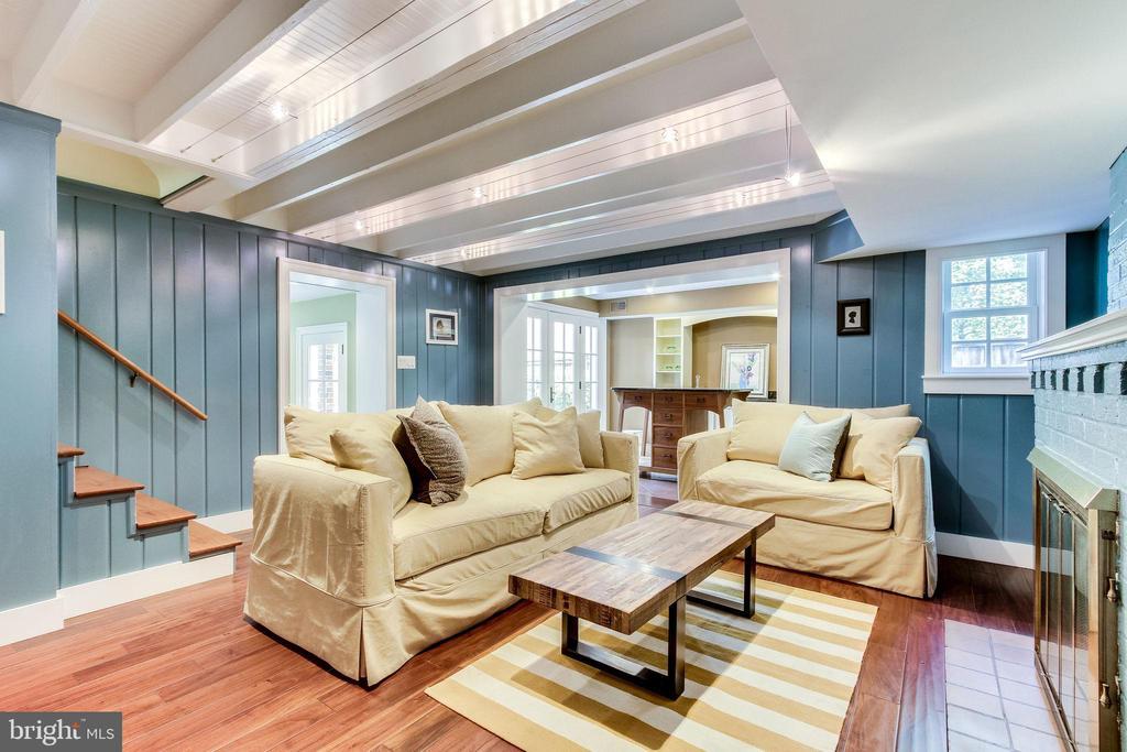 Lower level family room - 833 S FAIRFAX ST, ALEXANDRIA