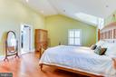 Large walk-in closet adjoins owner's suite - 833 S FAIRFAX ST, ALEXANDRIA