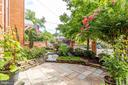 Gorgeous landscaping - 833 S FAIRFAX ST, ALEXANDRIA