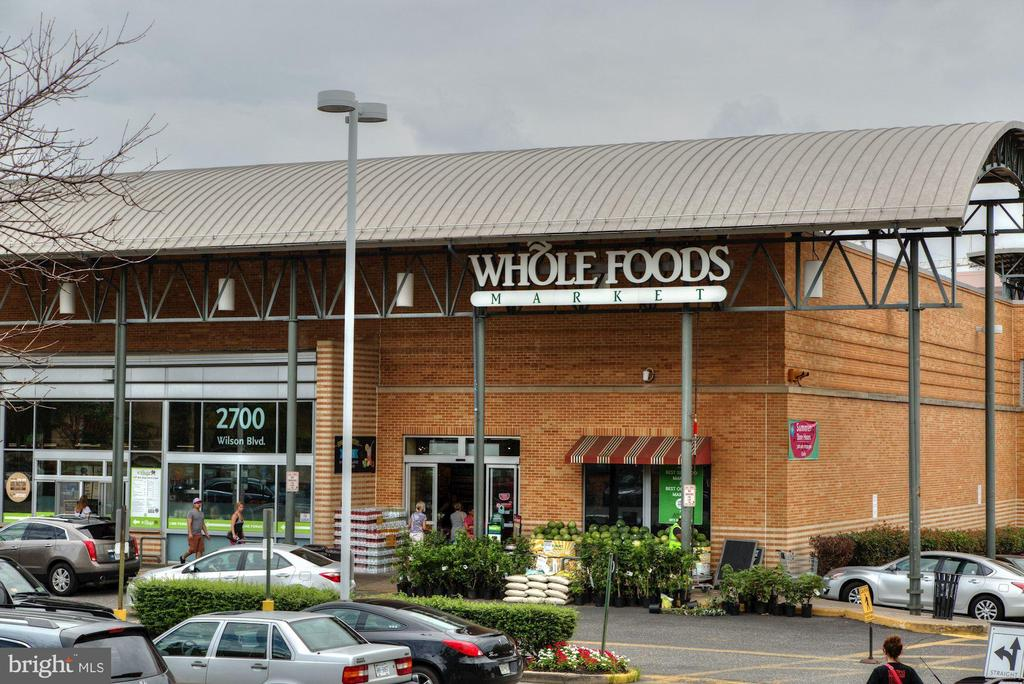 Whole Foods is right around the corner. - 1205 N GARFIELD ST #608, ARLINGTON