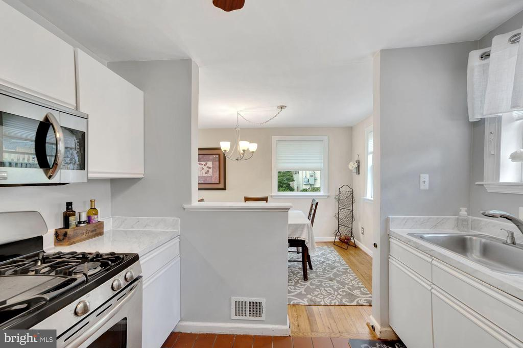 Kitchen - Open Floor Plan to Dining Room! - 7326 RONALD ST, FALLS CHURCH