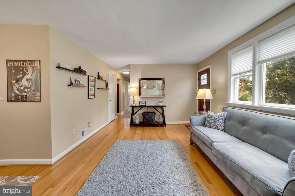 Living Room - Shades on Windows! - 7326 RONALD ST, FALLS CHURCH
