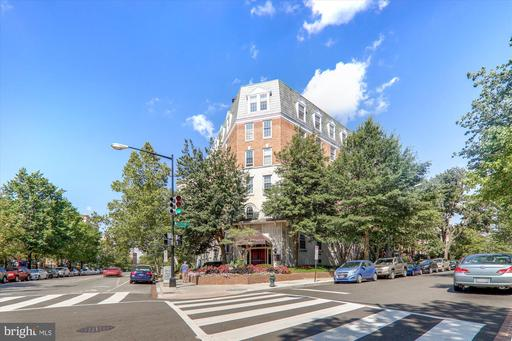 1880 COLUMBIA RD NW #404