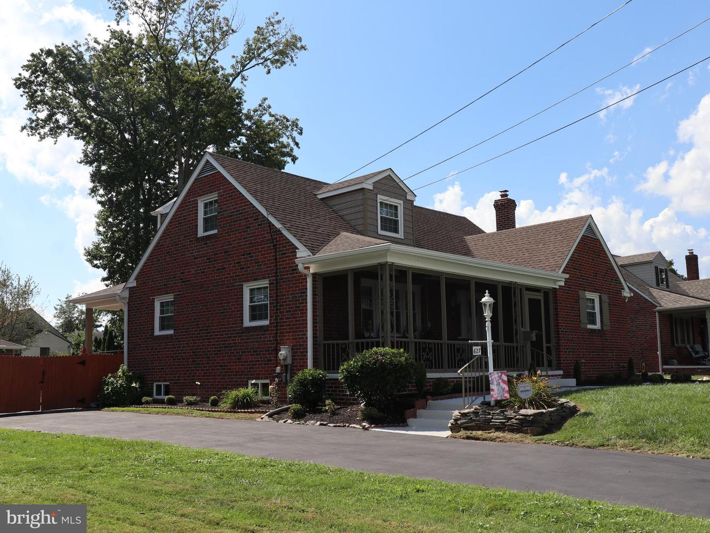 Single Family Homes for Sale at Holmes, Pennsylvania 19043 United States