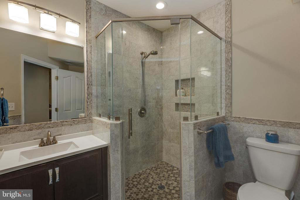 Lower Level Bathroom - 22749 HIGHCREST CIR, BRAMBLETON