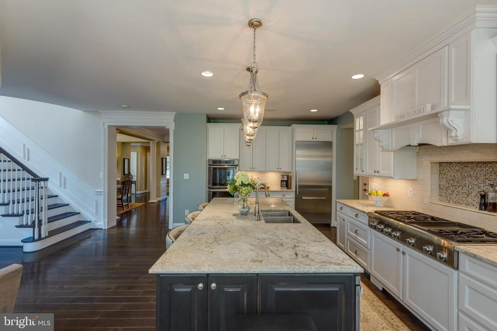 Kitchen view from Sunroom - 22749 HIGHCREST CIR, BRAMBLETON