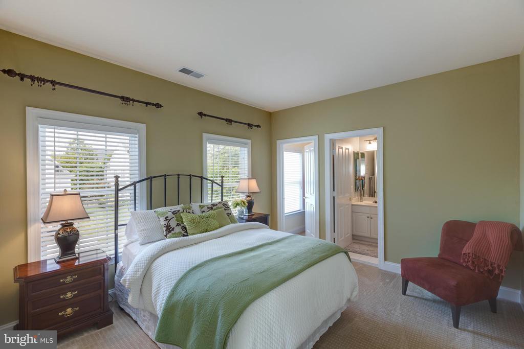 Guest Bedroom - 22749 HIGHCREST CIR, BRAMBLETON