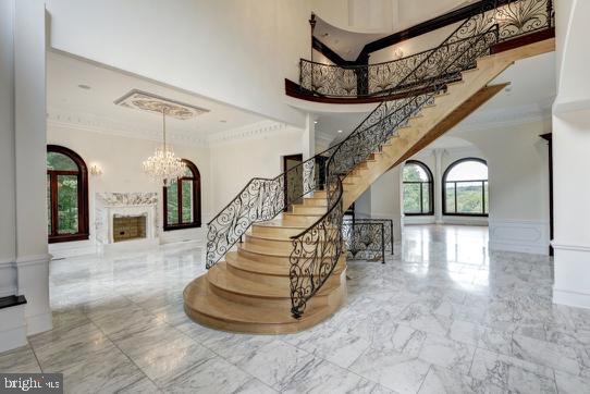 Foyer / Reception - Heated marble floors - 612 RIVERCREST DR, MCLEAN