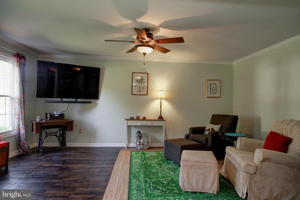 Living Room - 4227 STEPNEY DR, GAINESVILLE