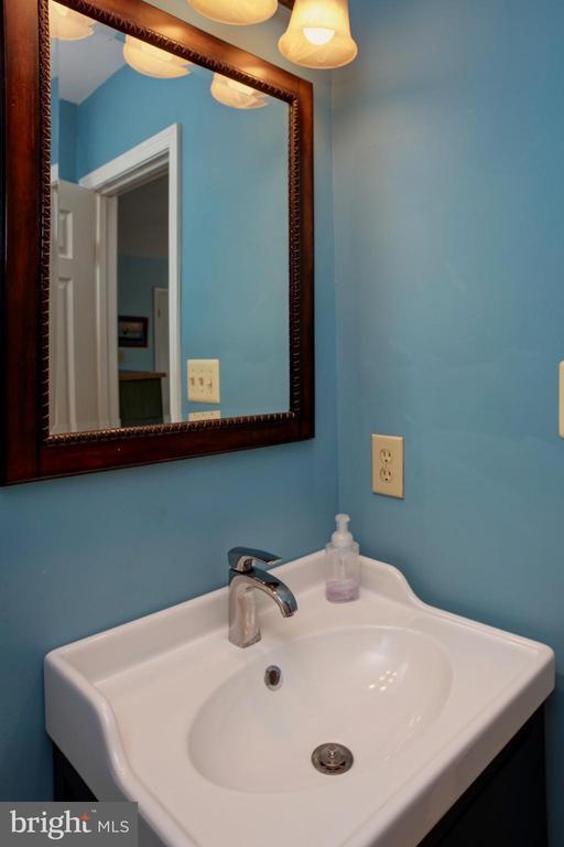 Master Bath - 4227 STEPNEY DR, GAINESVILLE