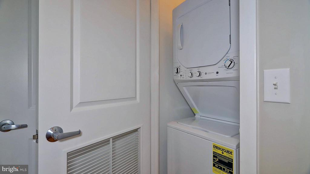 Washer and dryer from 2017 - 1800 WILSON BLVD #235, ARLINGTON
