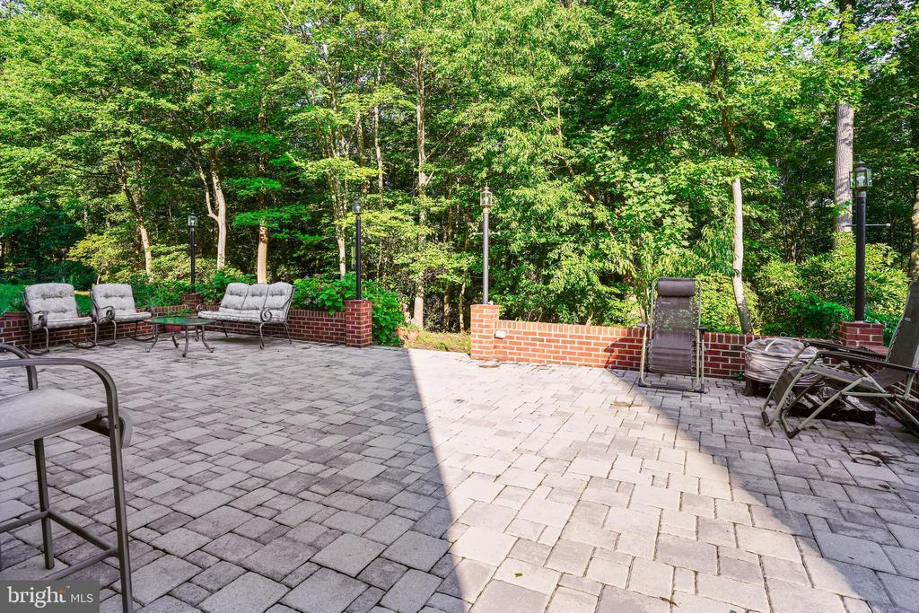 Huge and impressive patio built in 2016 - 7132 AYERS MEADOW LN, SPRINGFIELD