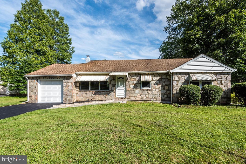 Single Family Homes 为 销售 在 Hatfield, 宾夕法尼亚州 19440 美国
