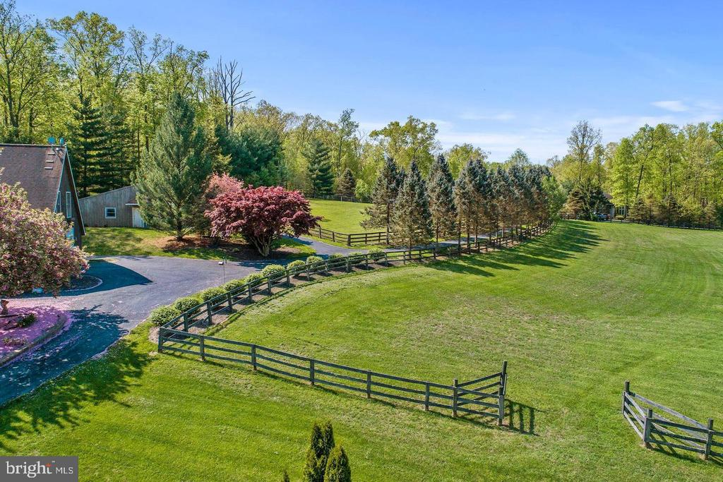 Two fenced in paddocks - 14016 HARRISVILLE RD, MOUNT AIRY