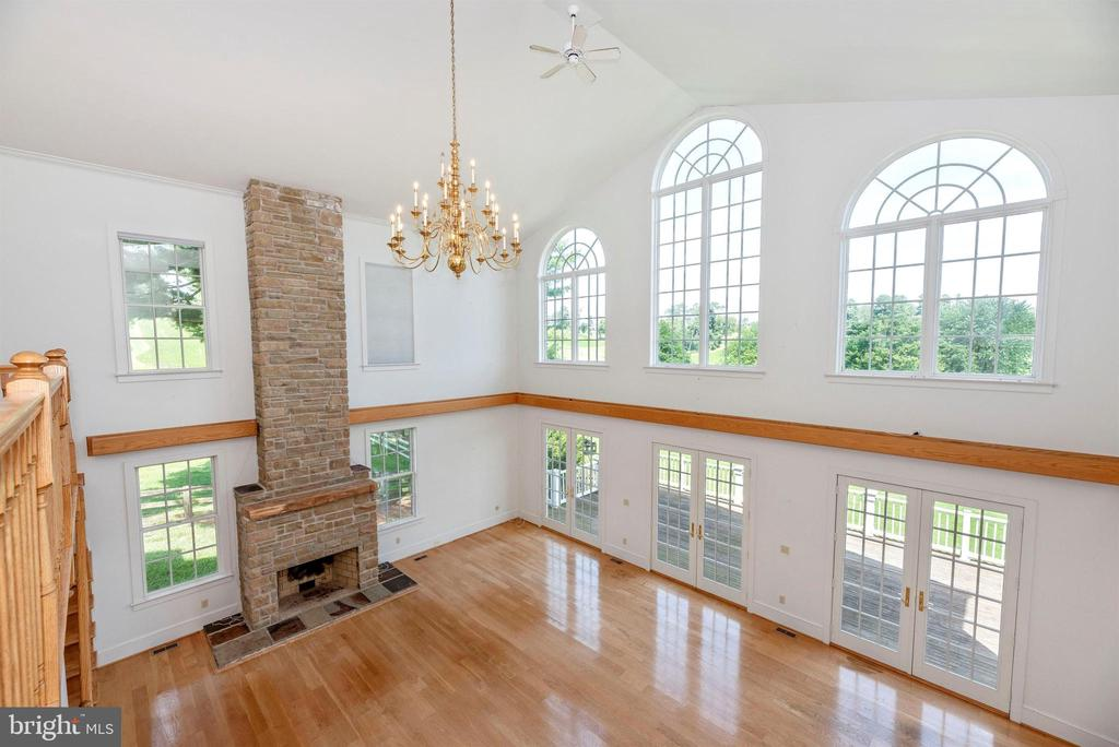 Ballroom chandelier is on a motorized lift. - 7030 DRUMMINE RD, MOUNT AIRY