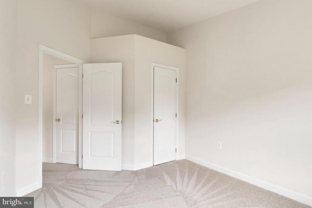 Bedroom 3 - 255 TOWN BRANCH TER SW, LEESBURG