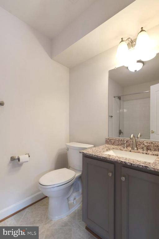 Upgraded full bath on lower level - 255 TOWN BRANCH TER SW, LEESBURG
