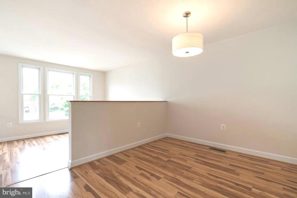Dining room - 255 TOWN BRANCH TER SW, LEESBURG