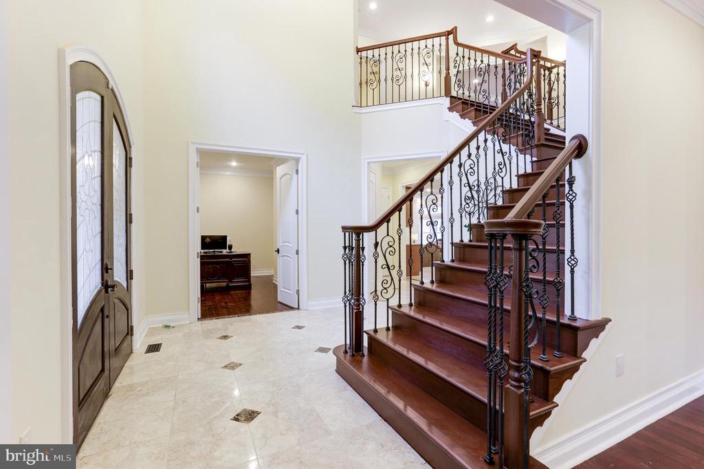 Foyer View into an Office! - 11400 ALESSI DR, MANASSAS