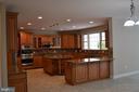 Kitchen - 22651 BEAVERDAM DR, ASHBURN