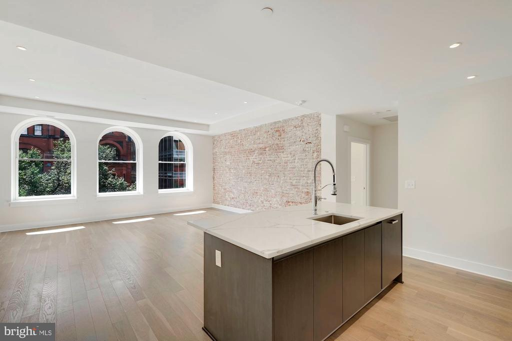 Open and spacious floor plan - 1745 N ST NW #310, WASHINGTON