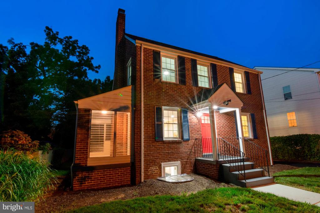 Pristine curb appeal - 4808 GUILFORD RD, COLLEGE PARK