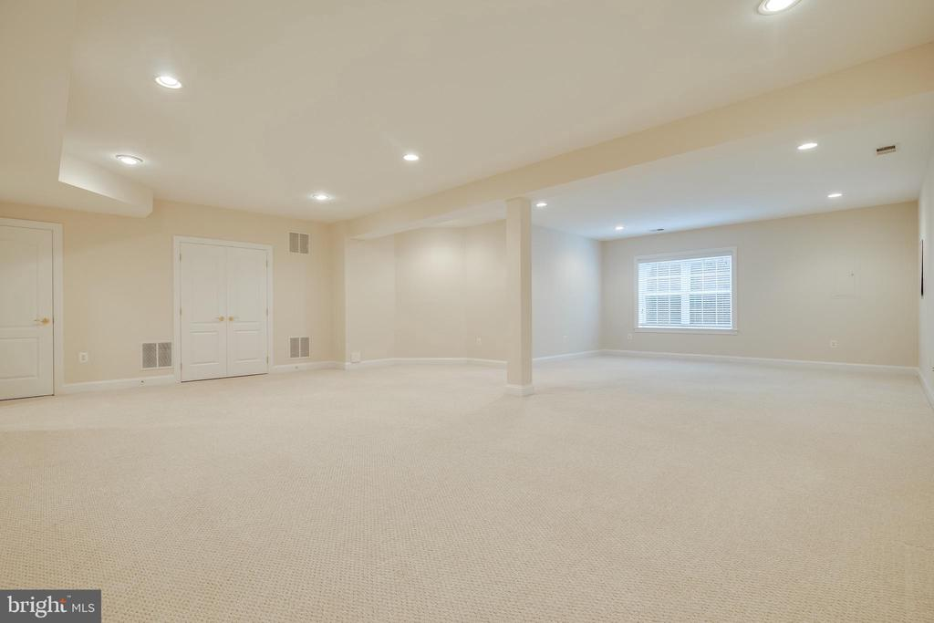 Large Game Room and Great Room/Rec Room - 18857 ACCOKEEK TER, LEESBURG
