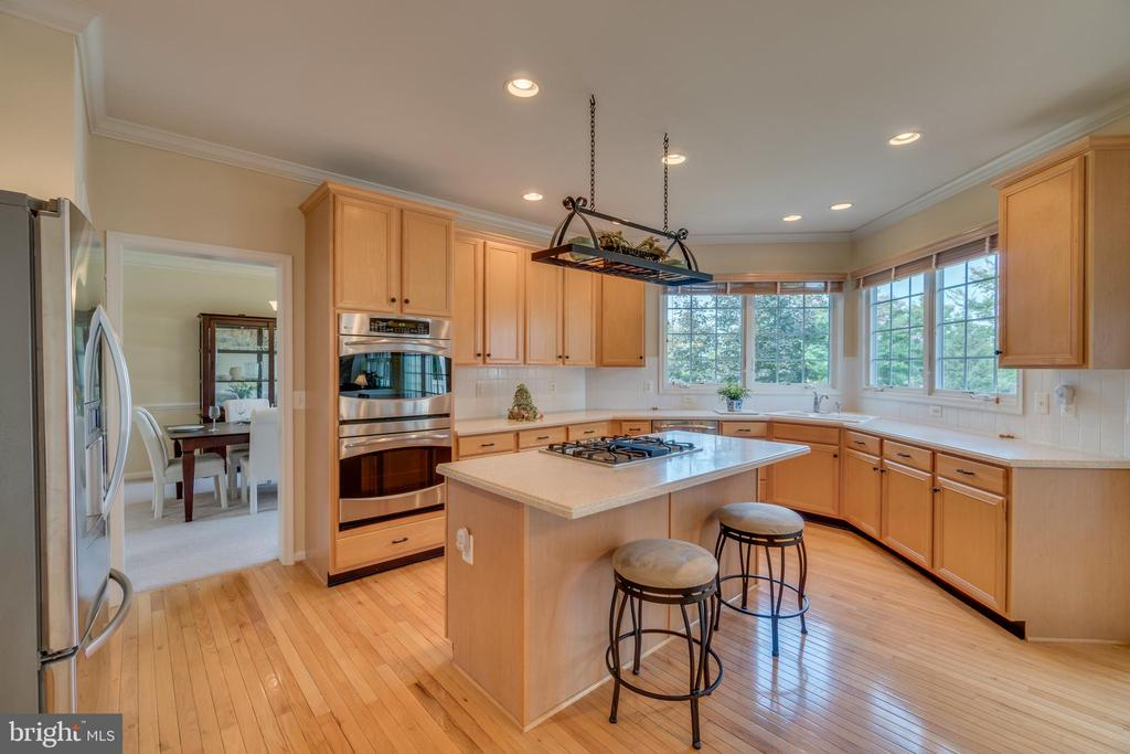 Culinary kitchen - 19920 HAZELTINE PL, ASHBURN