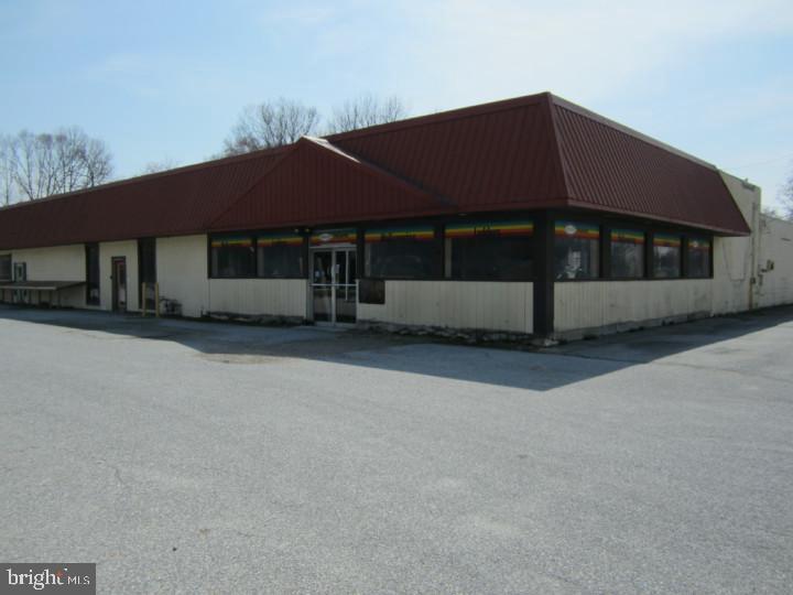 零售 为 销售 在 Carneys Point, 新泽西州 08069 美国