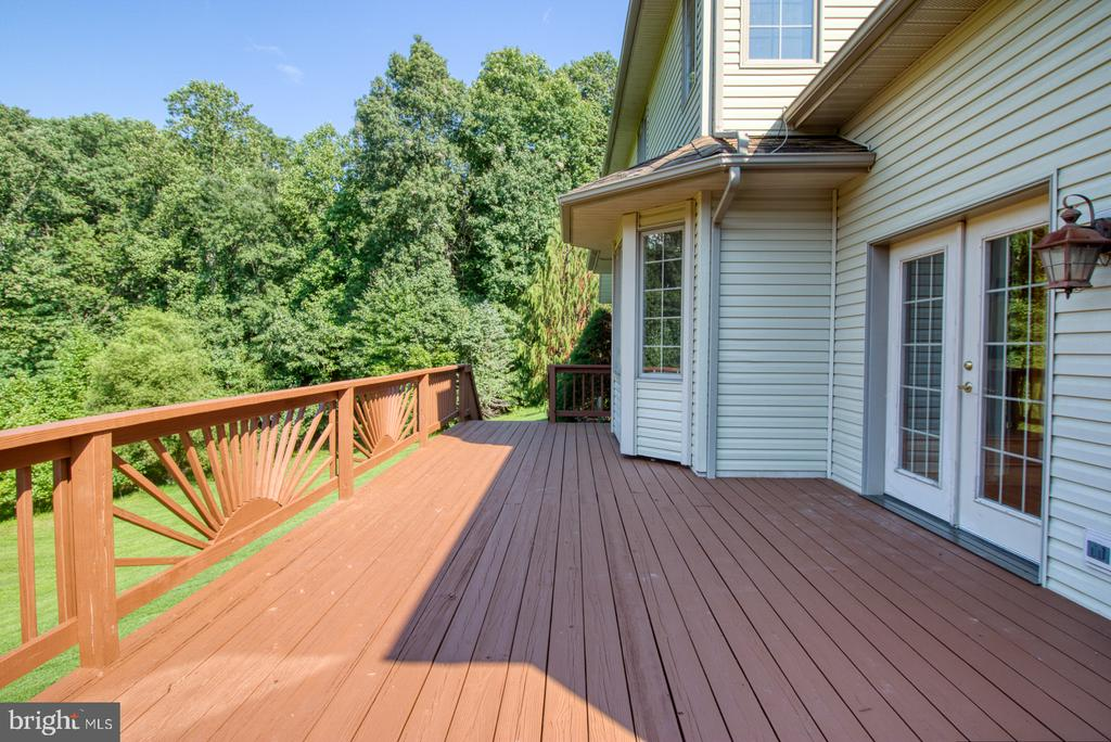 Back deck - 14016 HARRISVILLE RD, MOUNT AIRY