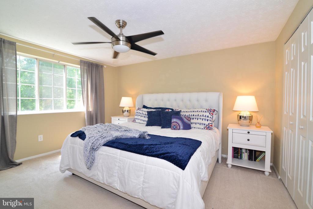 Master Bedroom - 111 S DICKENSON AVE, STERLING