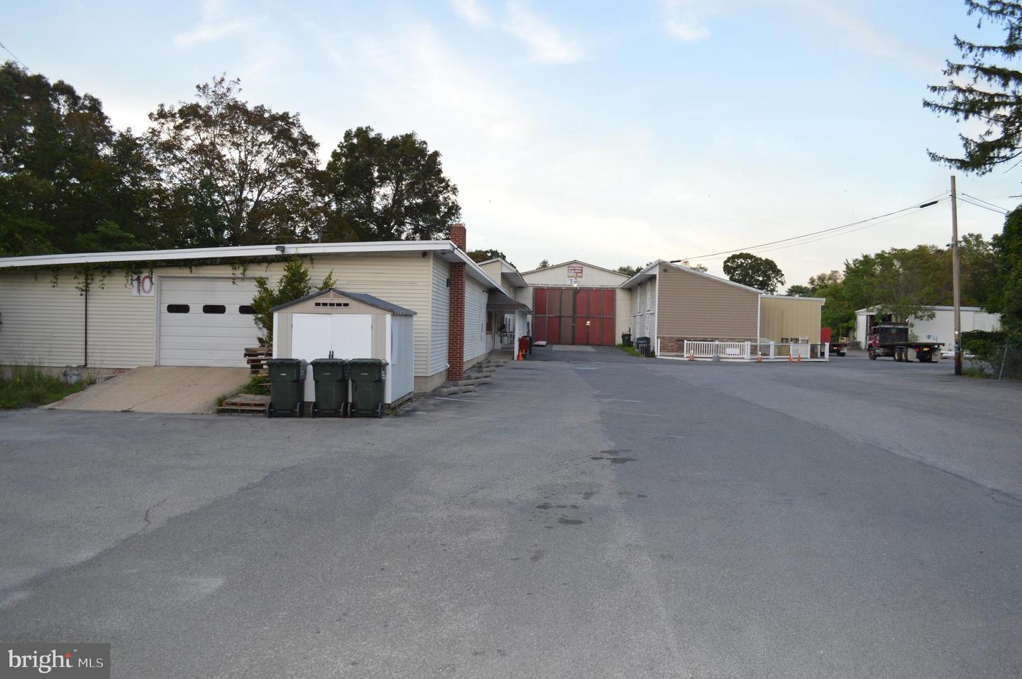 Retail for Sale at Tuckerton, New Jersey 08087 United States