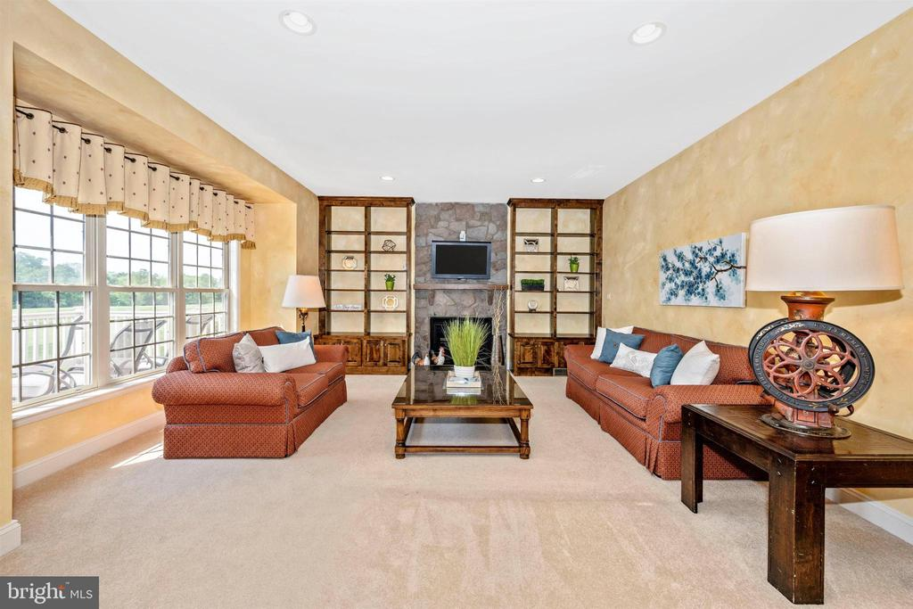Family room off the kitchen with great views - 31 BATTERY RIDGE DR, GETTYSBURG