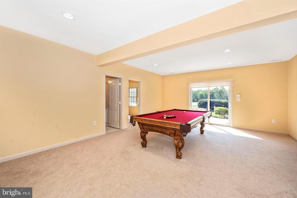 Enormouse fully finished basement - 31 BATTERY RIDGE DR, GETTYSBURG