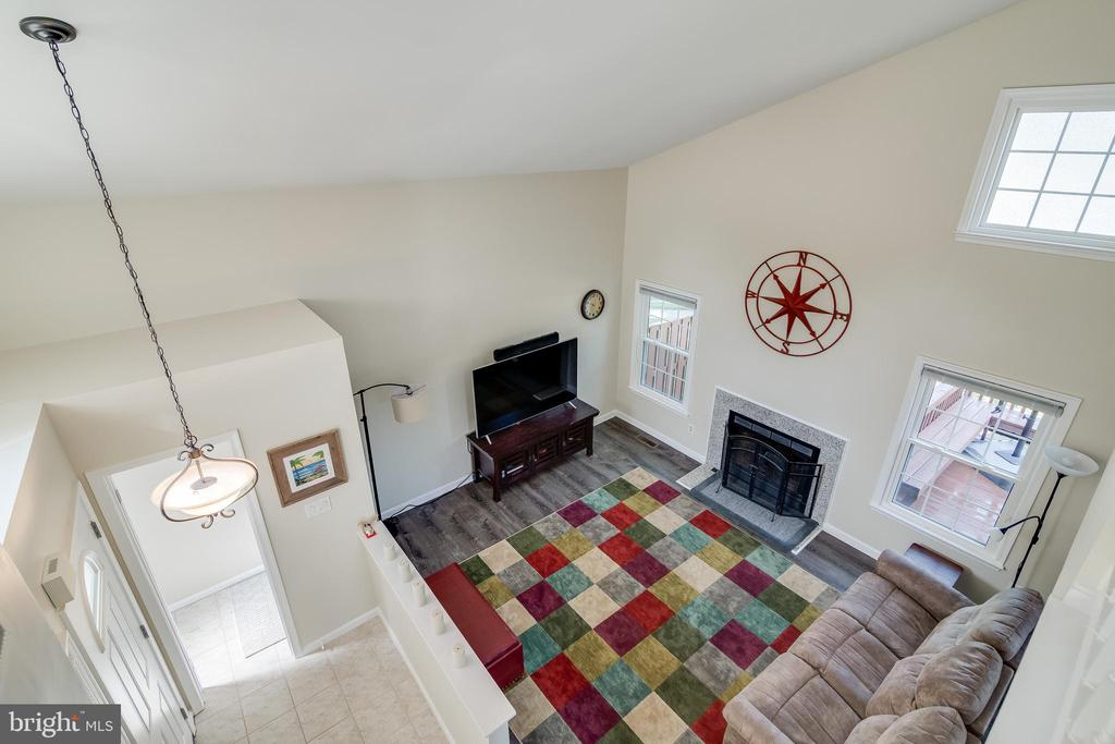 Overlooking the living room from Upstairs - 7586 CROSS GATE LN, ALEXANDRIA
