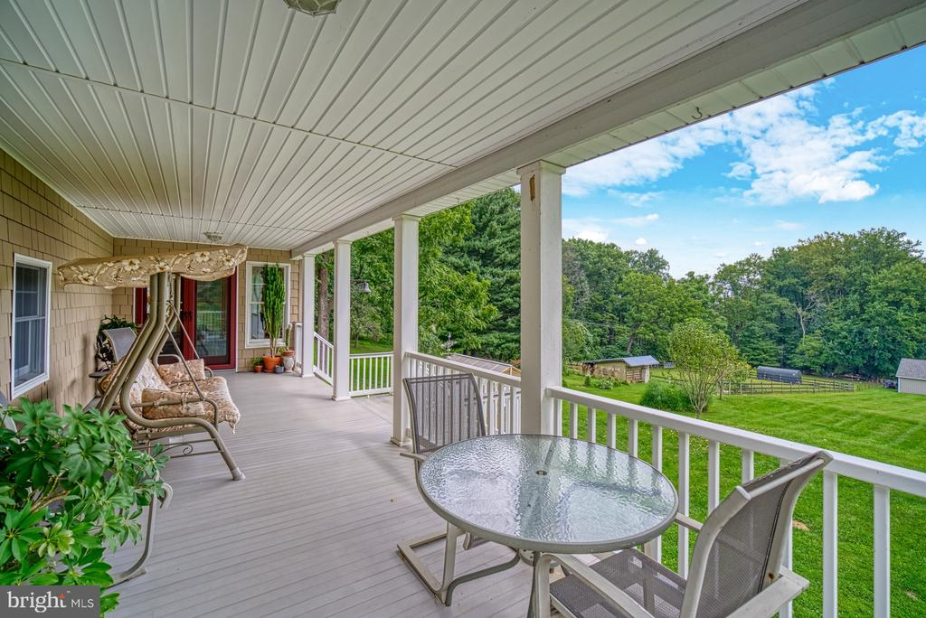 Elevated Front Porch - 12637 MOUNTAIN RD, LOVETTSVILLE