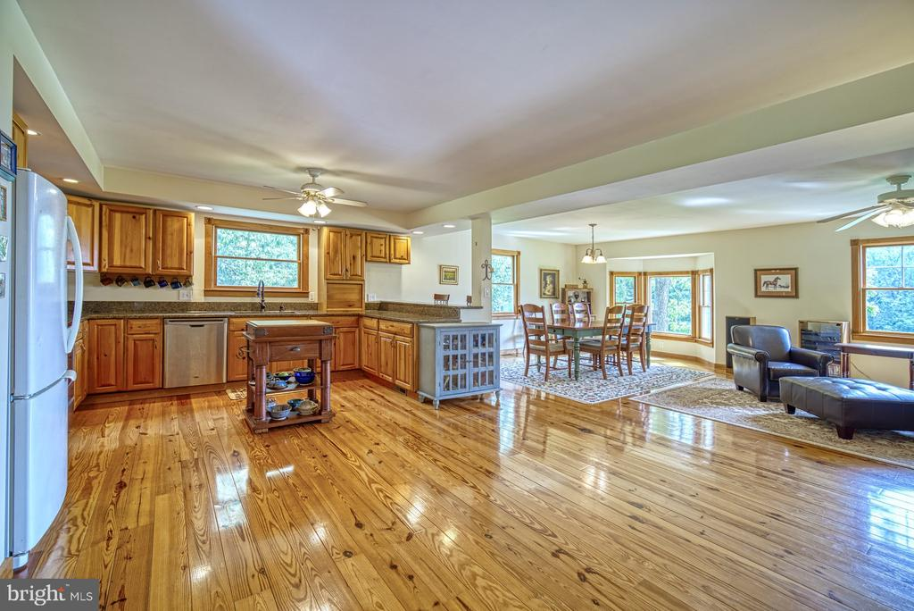 Gorgeous Hardwood Floors - 12637 MOUNTAIN RD, LOVETTSVILLE
