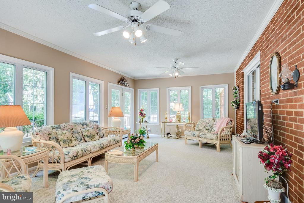 Walk out to deck from sunroom - 6906 TOKEN VALLEY RD, MANASSAS
