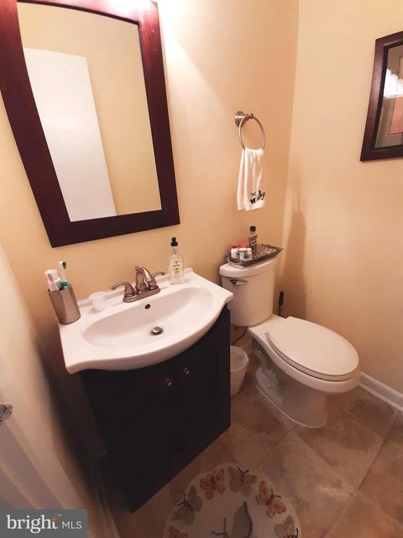 Upper Level Renovated Half Bath - 441 GREENBRIER CT #441, FREDERICKSBURG