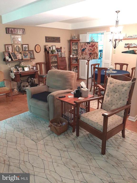 Bright Living Areas - 441 GREENBRIER CT #441, FREDERICKSBURG