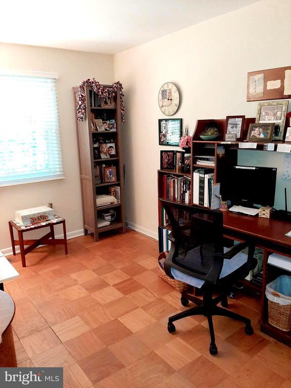 Bedroom 3 backs to Trees - 441 GREENBRIER CT #441, FREDERICKSBURG