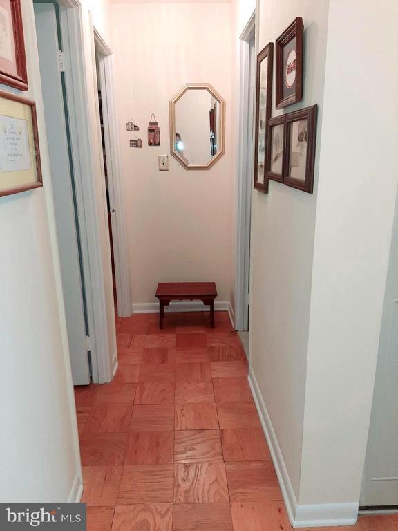 Upper Hall - 441 GREENBRIER CT #441, FREDERICKSBURG