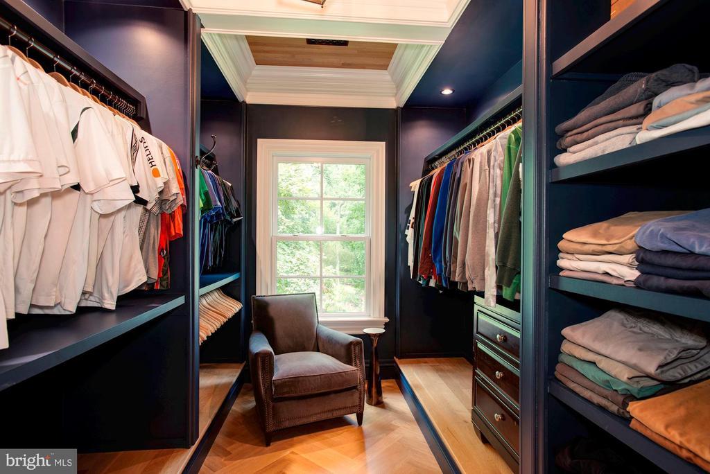 His Walk-In Closet - 7024 ARBOR LN, MCLEAN