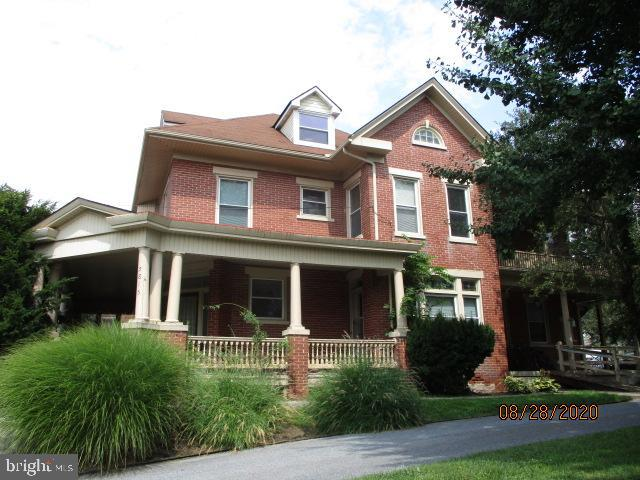 Duplex Homes for Sale at East Petersburg, Pennsylvania 17520 United States