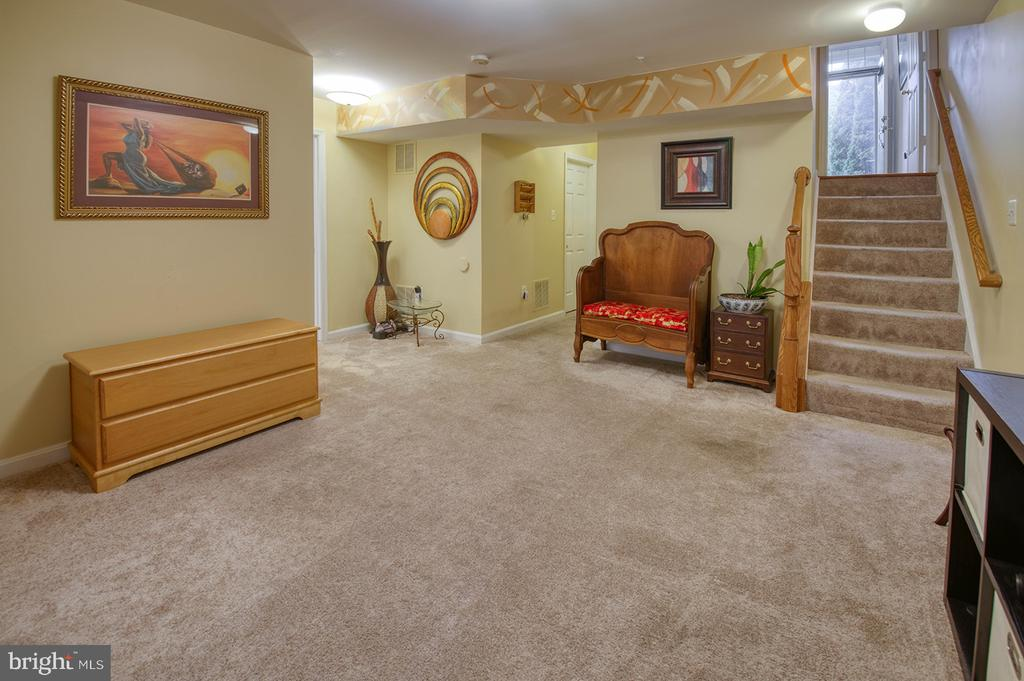 Lower Level Off Foyer - 2406 RIPPLING BROOK RD, FREDERICK