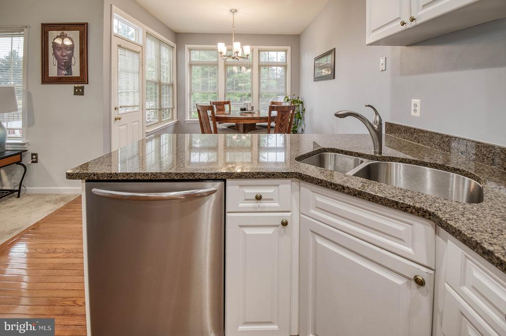 Open View Through the Kitchen & Family Room - 2406 RIPPLING BROOK RD, FREDERICK