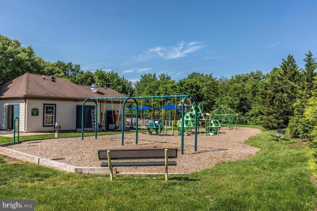 Community Playground - 2406 RIPPLING BROOK RD, FREDERICK