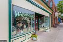 Small local shops - 10698 VIEWMONT LN, MANASSAS